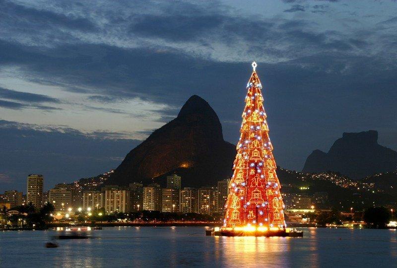 Бразилия интересное, новый год, снег