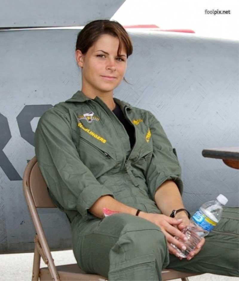 Девушки на службе в армии фото 73