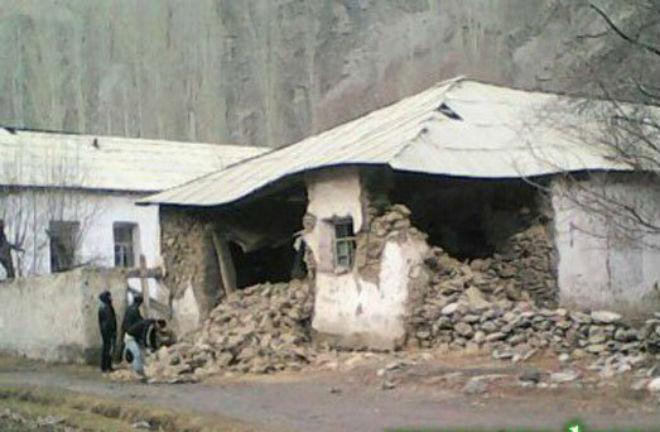 Таджикистан продолжают сотря…