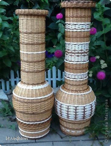 Поделка изделие Плетение Заказ две вазы Бумага газетная Трубочки бумажные фото 1