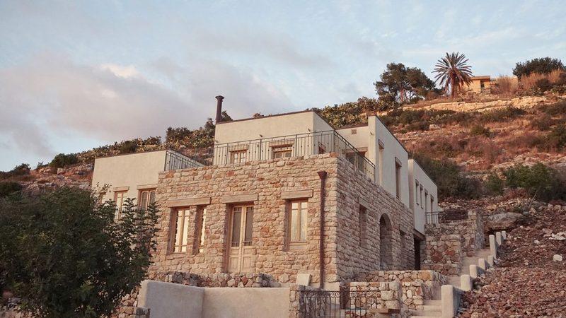 Архитекторы создали проект дома из конопли