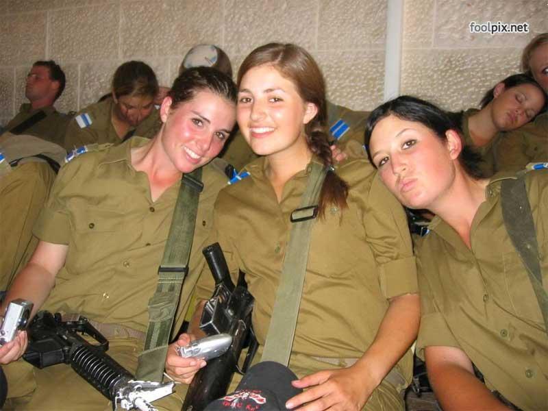Девушки на службе в армии фото 49