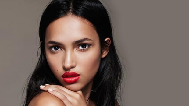 Яркий макияж губ. 8 шагов к идеальному образу