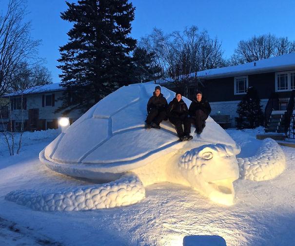 snow-sculpture-art-snowman-winter-1__605