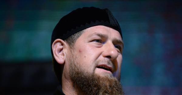 Кадыров оценил танец Макрона…