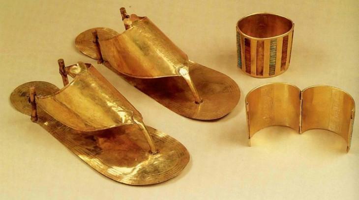 8 фактов из истории обуви