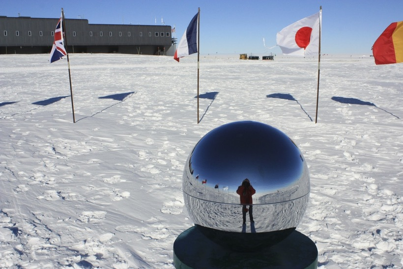 Где холоднее: на Северном полюсе или на Южном