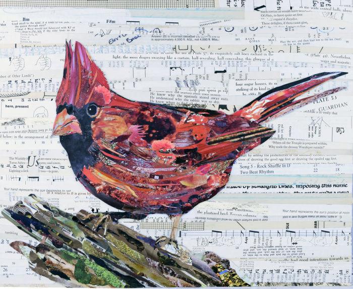 Коллаж из бумаги с нарядной рождественской птицей.