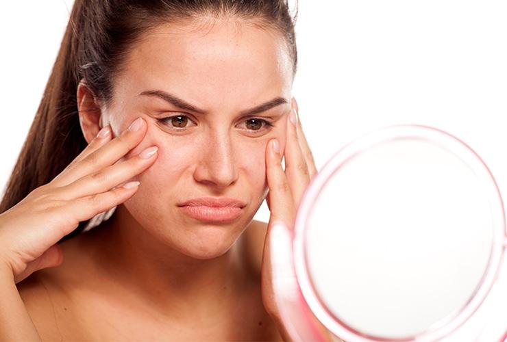 8 продуктов и напитков, которые ускоряют старение кожи