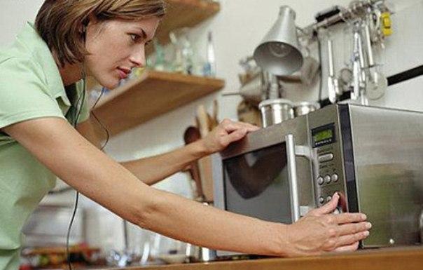 Десять неординарных услуг, которые может оказать микроволновая печь