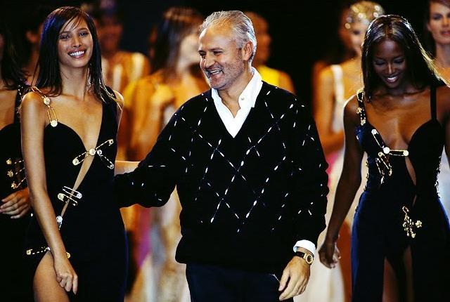 МОДНЫЕ СТРАСТИ. Пять вещей Versace, которые вошли в историю моды