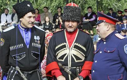 В выходные патрулировать московские парки будет казачья дружина