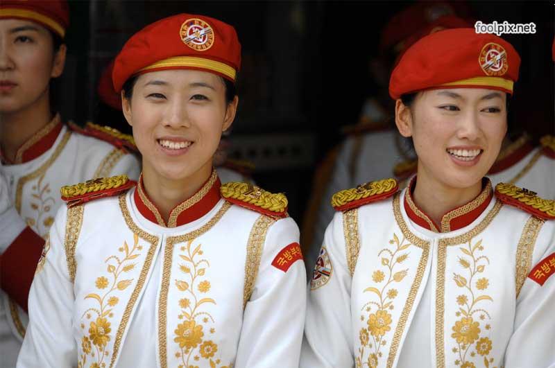 Девушки на службе в армии фото 75