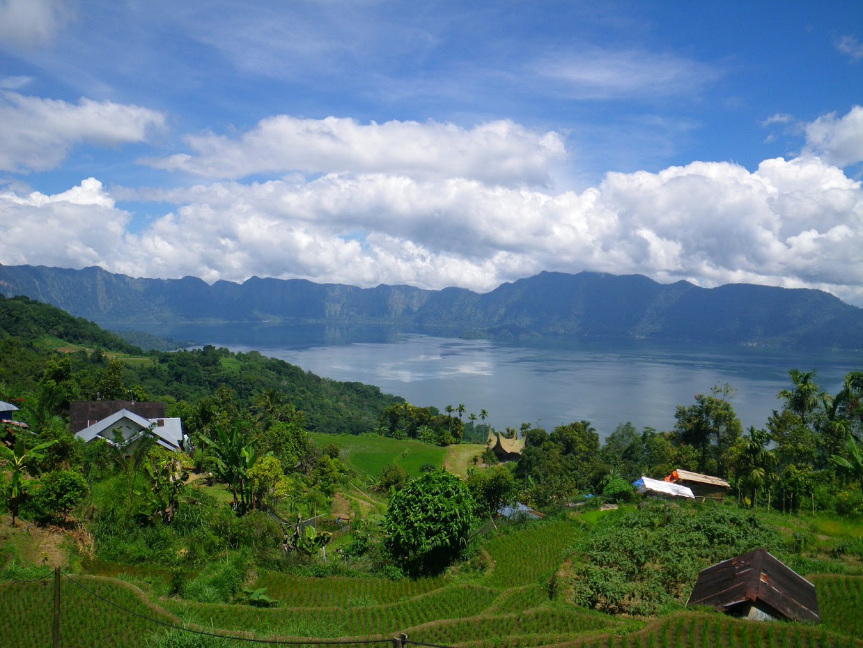 Озеро Манинджау, Западная Суматра, Индонезия