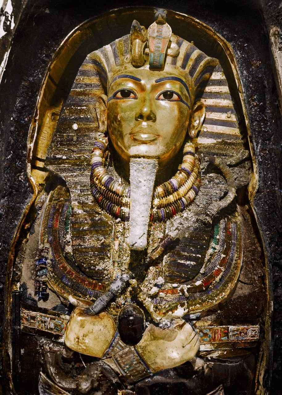 История обнаружения гробницы…