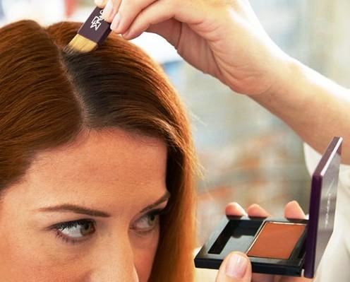 Чтобы сэкономить деньги и место в косметичке: как обычную косметику использовать нестандартным способом