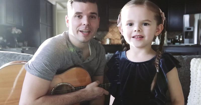 5-летняя малышка сказала, что споет немного грустную песню. В итоге — видео с ее исполнением тронуло миллионы зрителей Сети!