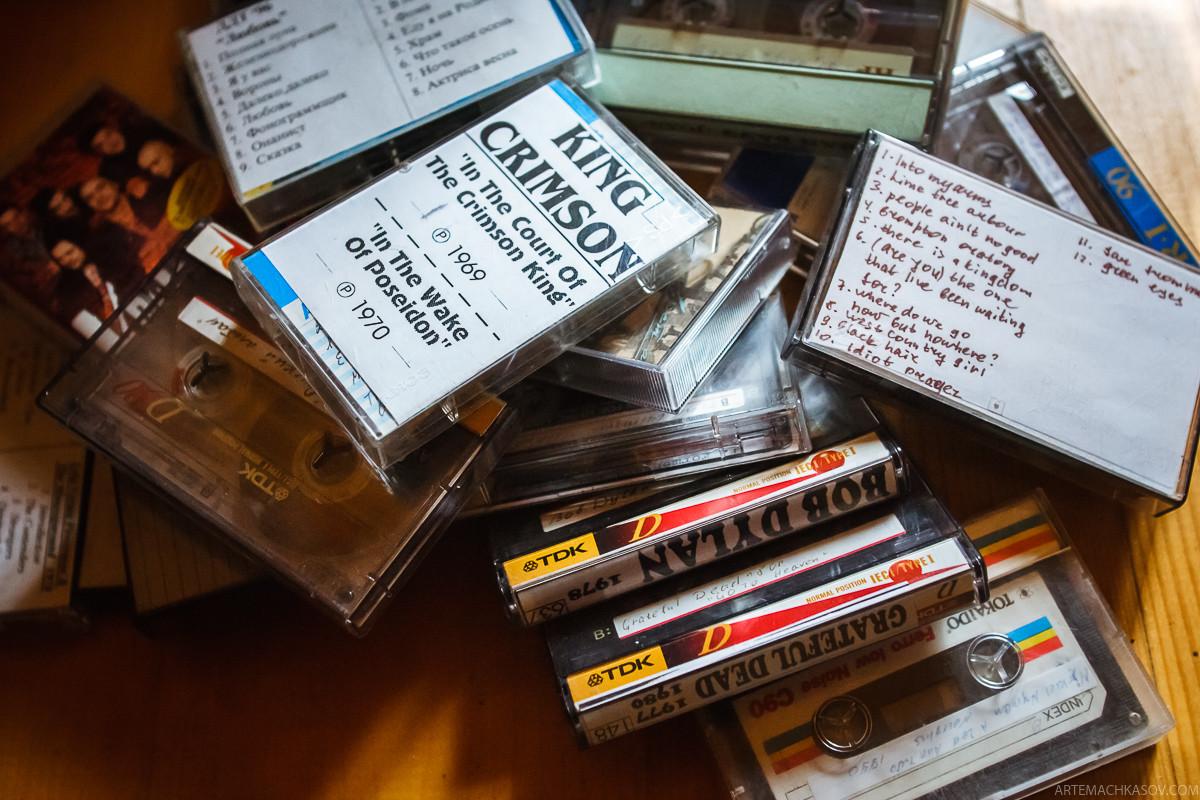 Шокирующая находка на чердаке VHS, аудиокассета, ностальгия, пластинка