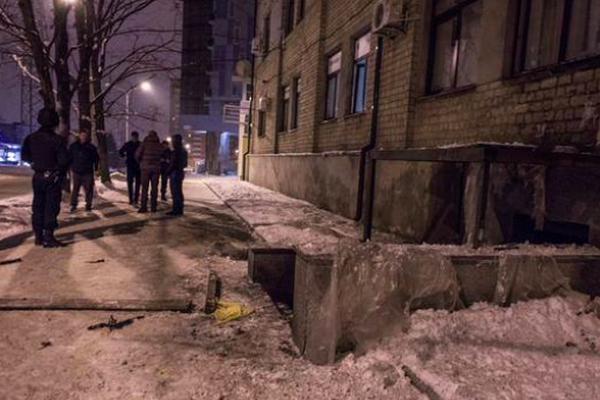 В Харькове около полуночи на улице Отакра Яроша, 18