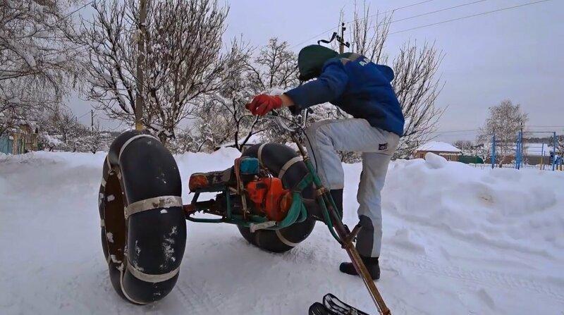 Снегоход: бензопила, велик и камеры от камаза велосипеда, и камер, из бензопилы, от камаза, руками, своми, снегоход