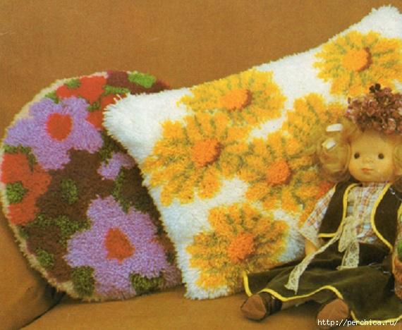 Коврики подушки из ниток