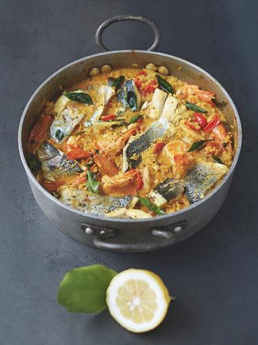 Филе рыбы под соусом карри
