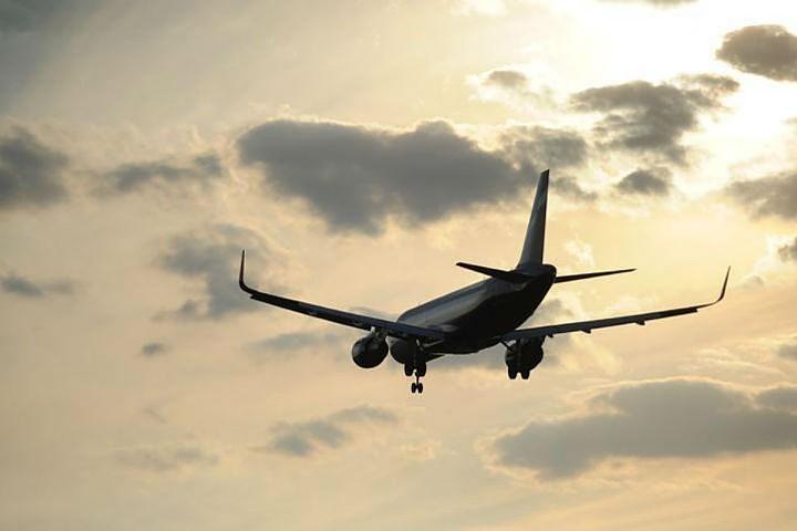Посольство России проверяет, были ли россияне на борту разбившегося в Иране самолета