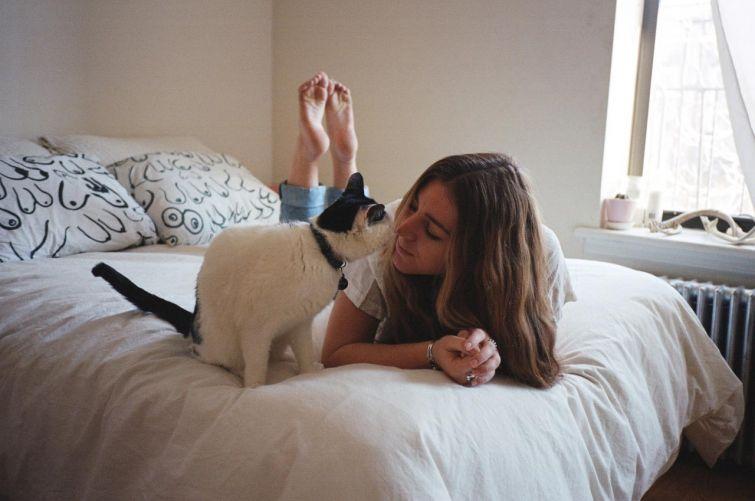 девушки и кошки, кошатницы