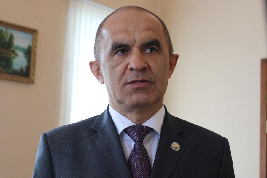 В Татарстане уволен главный лоббист обязательного изучения татарского языка
