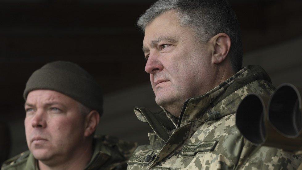 Порошенко заявил об ограничении въезда на Украину россиянам от 16 до 60 лет