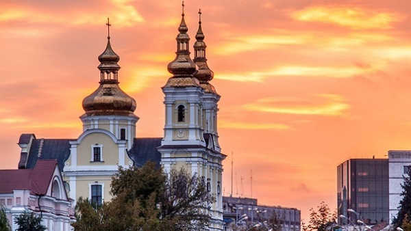 СПЖ: ВВиннице захвачен кафедральный собор УПЦ