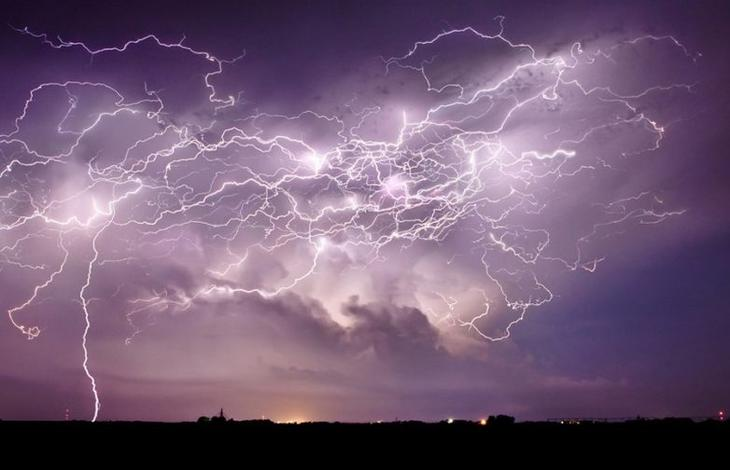 Мифы о молниях, в которые ве…
