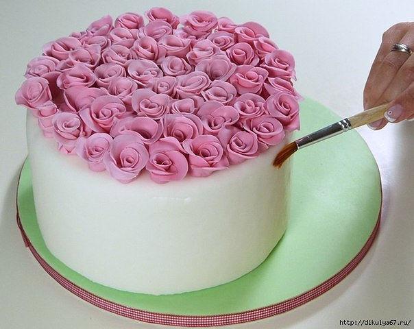 Украшаем торт сахарной мастикой