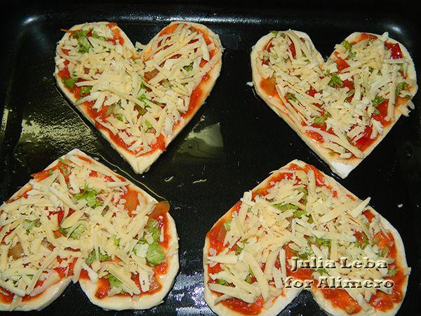 """""""Влюблённая"""" пицца"""