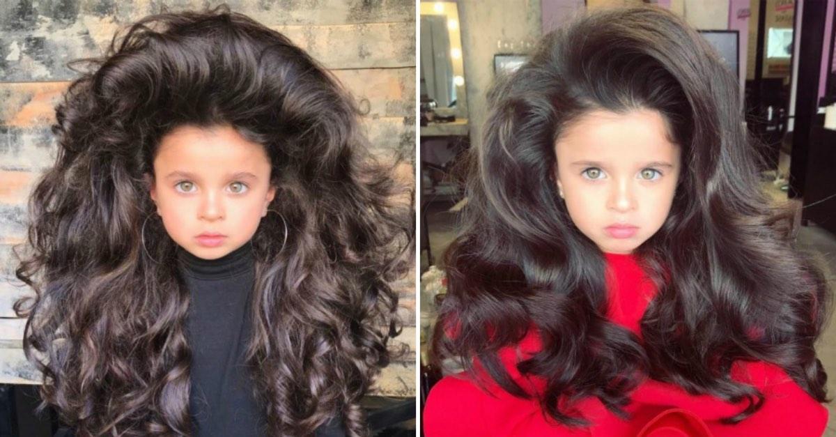 Малышка прославилась на весь мир, благодаря своим шикарным волосам