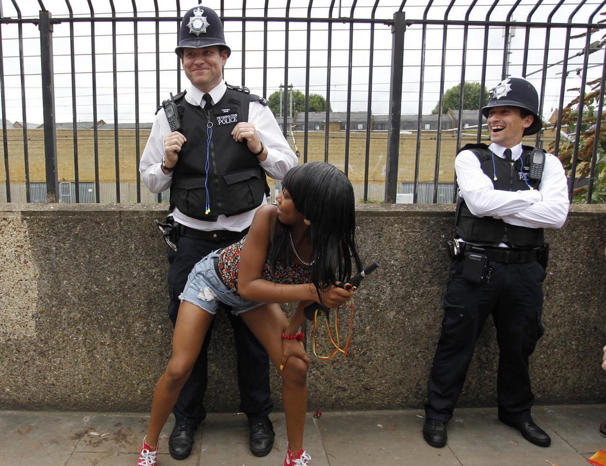 Хорошее настроение с сотрудниками полиции разных стран