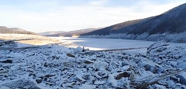 На территорию России упал огромный метеорит