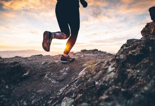 Все слышали, что бег полезен для здоровья и приносит пользу организму.