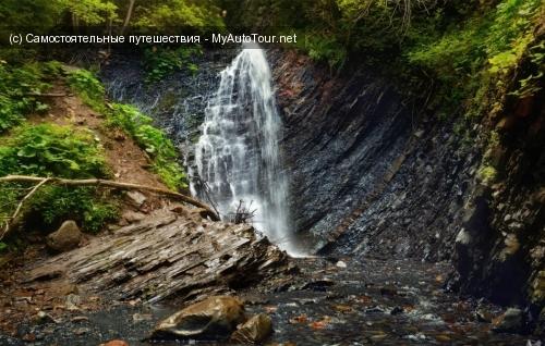 Водопад «Гук» в Карпатах
