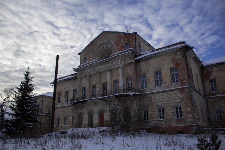 9 заброшенных усадеб в России, по которым хочется побродить прямо сейчас