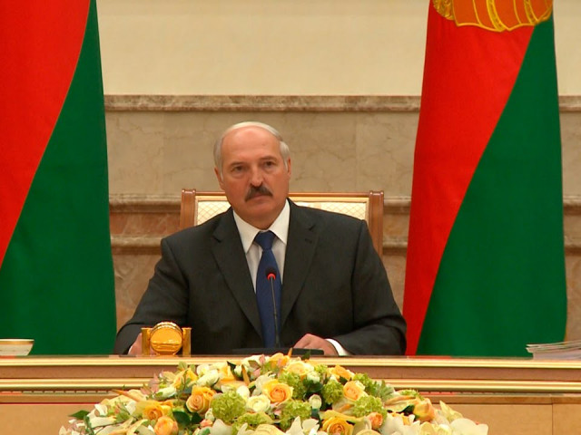 Путин заставил Лукашенко перекрыть бензиновый кран для Украины