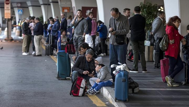 Хакеры отменили все рейсы в аэропорту Варшавы