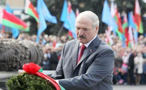 Одна на всех — зачем Лукашенко установил свою цену Победы