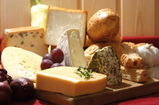 10 мифов о сыре, которым нел…