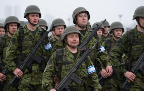 Англосаксы хотят таки всучить Прибалтику России. Знаете почему?