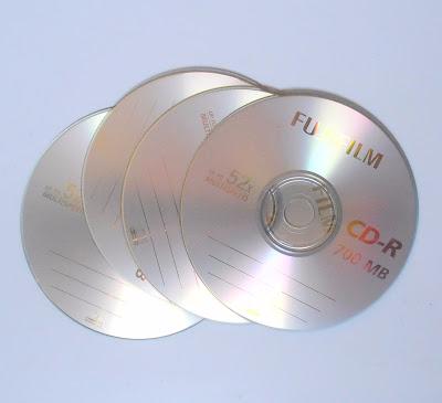 cd's (400x365, 90Kb)