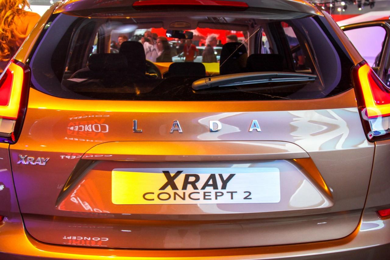 Новый кроссовер Lada испытывают в Германии lada xray, ваз, лада