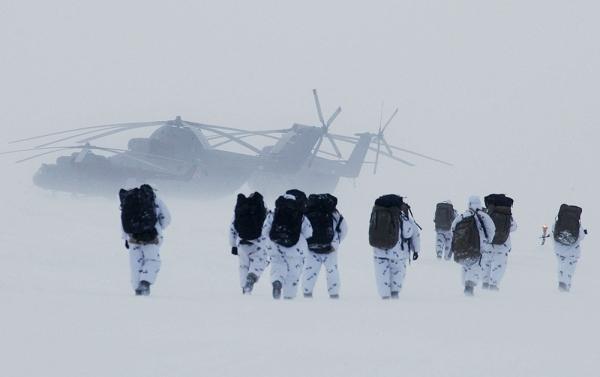Арктическая жара: Российские войска испытают Крайним Севером