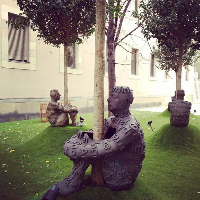 скульптура дерево жизни жауме пленса