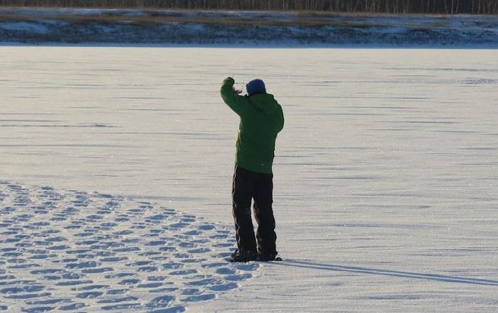 Сначала никто не мог понять, зачем он топчет снег... Но результат его трудов превзошел все ожидания!